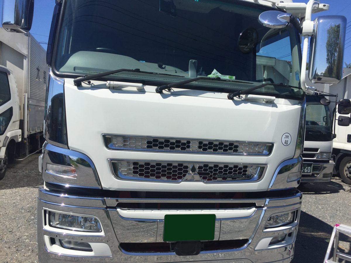IMG 4733 1 e1510907982521 - 大型車にも対応するフロントガラスリペアのクオリティーとは?