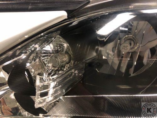 レクサスCTのヘッドライト磨き