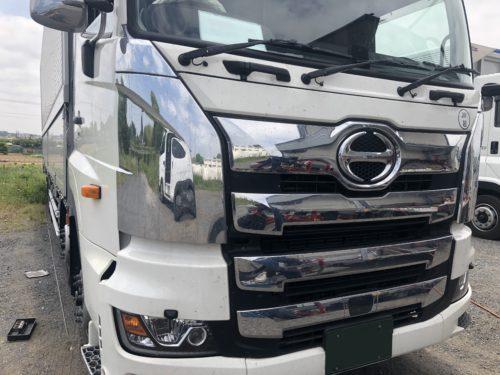 IMG 5928 1 - 【トラック】仕事で使うからこそ飛び石修理はお早めに!